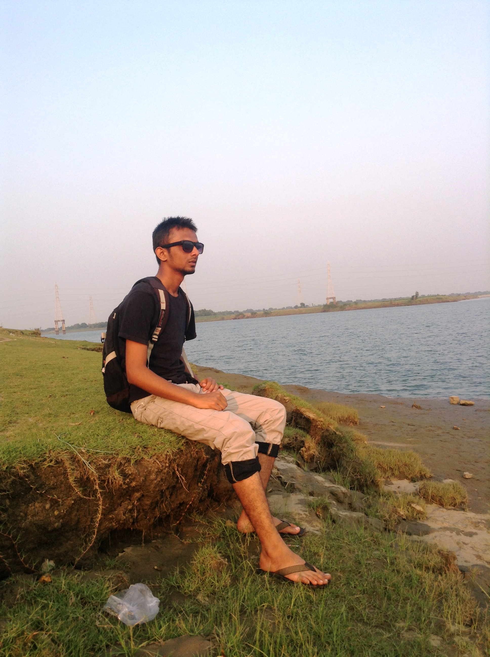 Suhel  Mangrolia